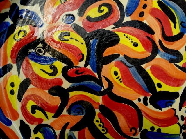 צלחת קרמיקה עבודת יד עם ציורי אקריליק | איריס עשת כהן סטודיו לאמנות