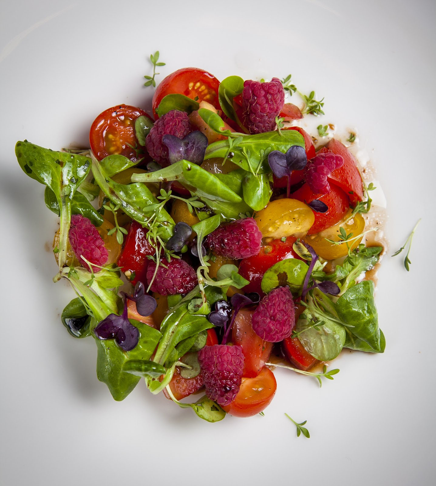 Tarantino_salat s tomatami i malinoq.jpg