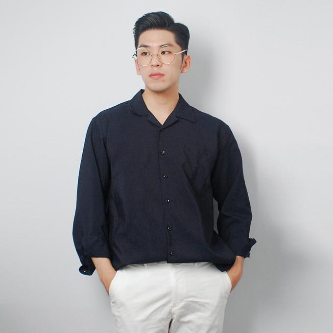 Áo sơ mi Unisex phù hợp với phong cách thời trang trẻ trung, cá tính