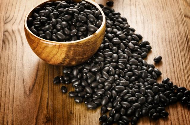 Nguyên nhân hình thành nám và cách trị nám bằng đậu đen