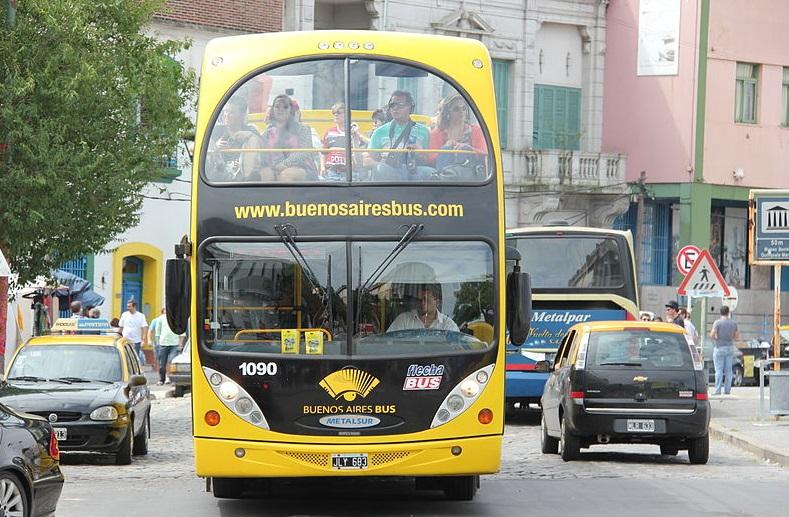 Todos os ônibus que circulam em Buenos Aires devem ser elétricos nos próximos 30 anos.
