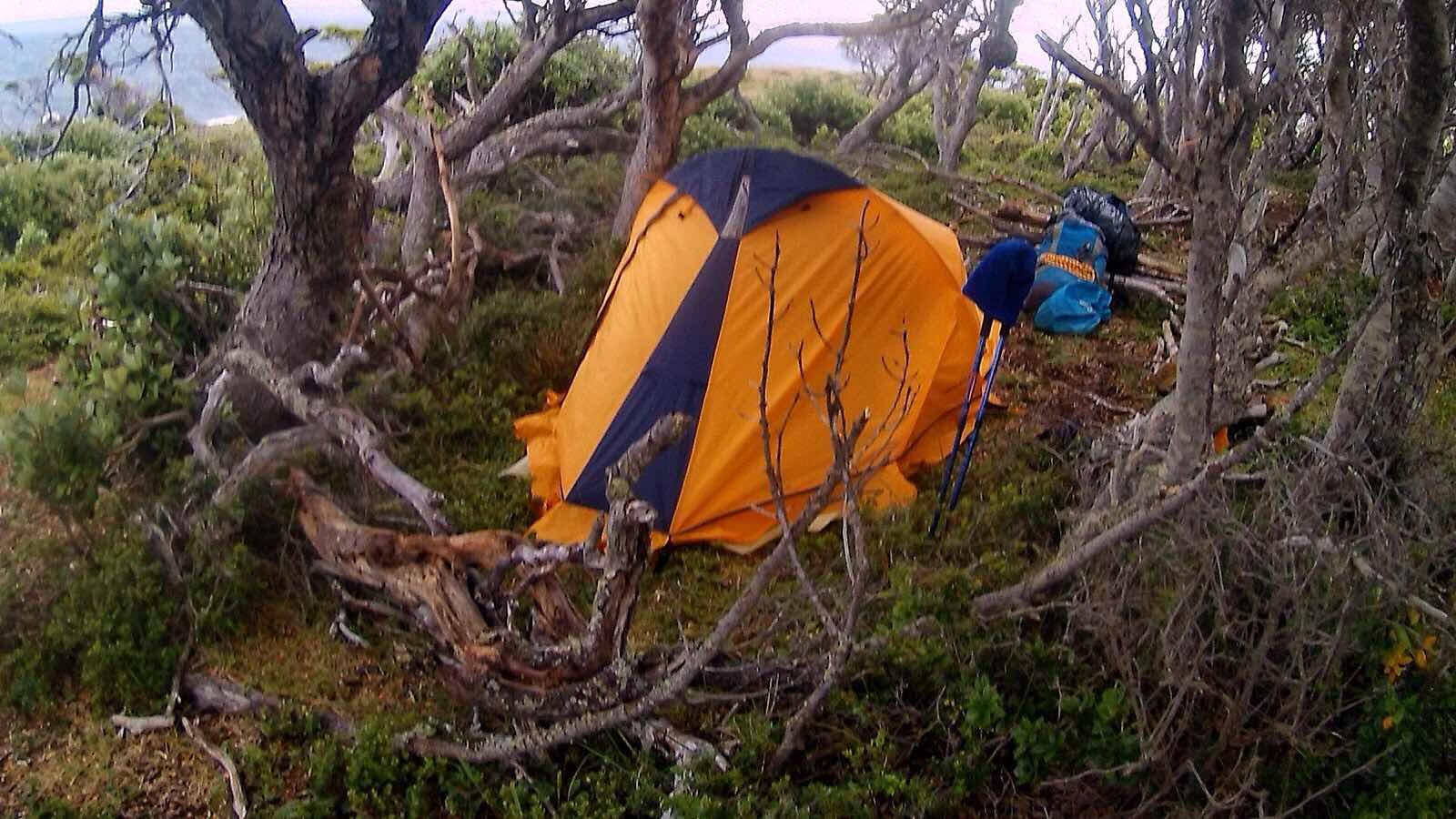 Acampando en Peninsula Mitre, Tierra del Fuego, Argentina