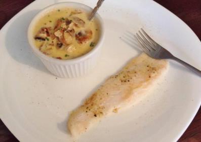 G:\Nova pasta (2)\Peixes\-Linguado\img_linguado_ao_molho_de_iogurte_2158_600-min.jpg