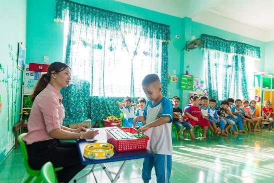 Người dân Quảng Ngãi phấn khởi với Sữa học đường