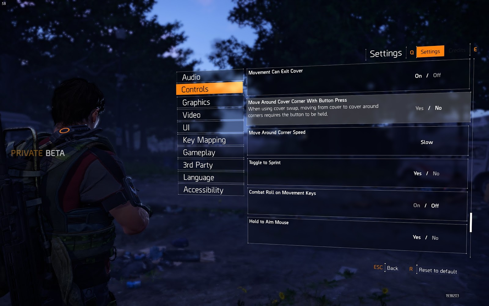 Mouse and gamepad sensitivity settings, hold and toggle options for aim and sprint, axis inversion, vibration on/off, aim assist and more.
