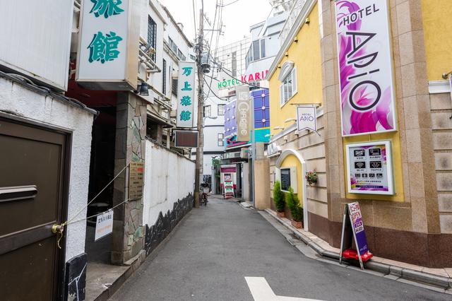 ラブホは日本にしかない文化!?その理由とは