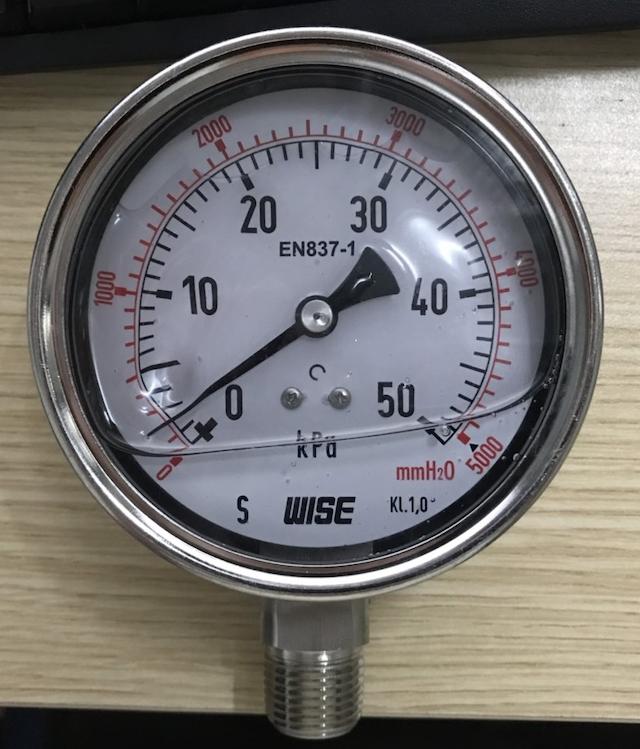 Đồng hồ đo áp suất thường được sử dụng trong các nhà máy