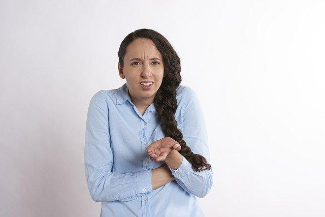 body language mistakes to avoid