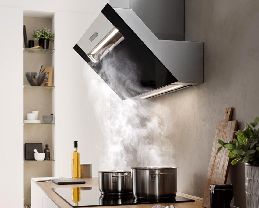 Кухонная вытяжка без отвода очищает воздух в два этапа