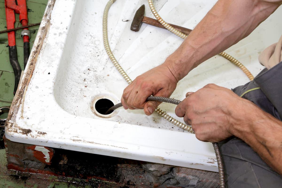 Cooksville unclogging drains services