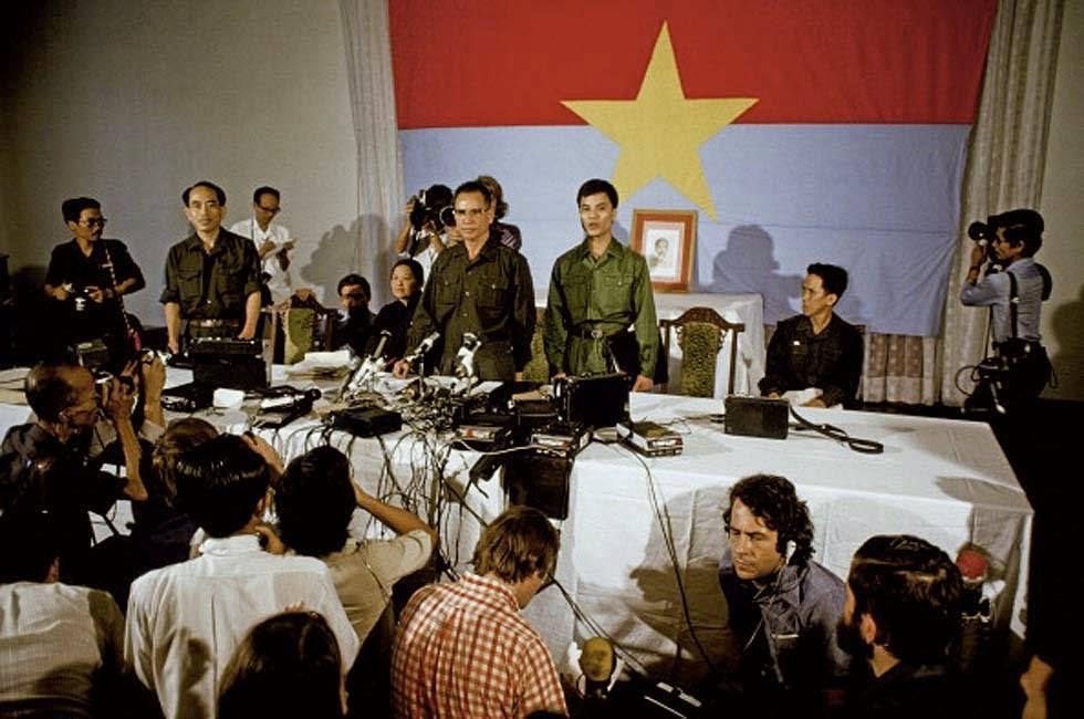 https://2xjs7y10oiyz26vqxu2hok6y-wpengine.netdna-ssl.com/wp-content/uploads/2020/02/The-Fall-of-Saigon-1975-29.jpg