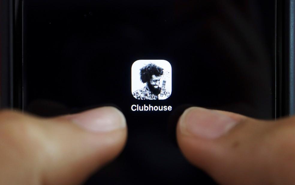 Aplicativo Clubhouse por enquanto é exclusivo para iPhone. — Foto: Reuters/Florence Lo
