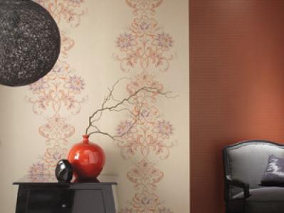 decoracin con papel tapiz estilo combinado con pintura de color
