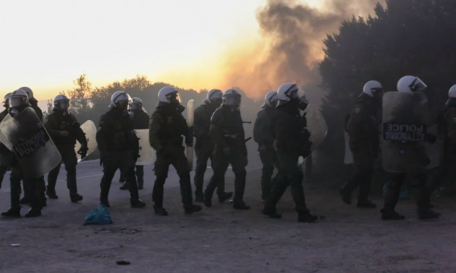 Народные волнения на островах Лебос и Хиос не утихают