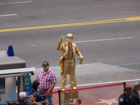 Street performer Hollywood CA.jpg