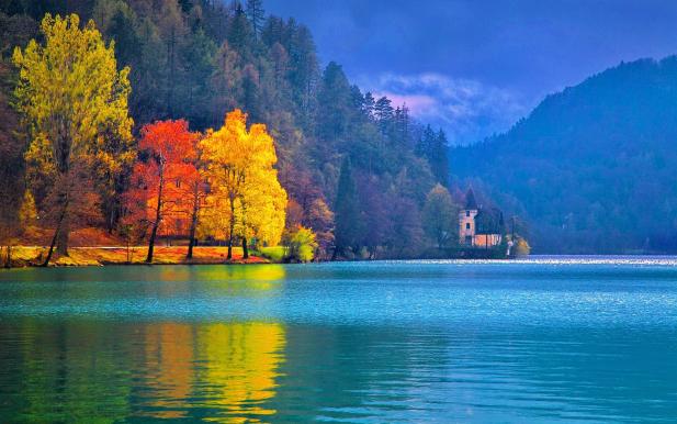 C:\Users\user\Desktop\ΕΝΣΥΝΑΙΣΘΗΣΗ_ΕΠΙΚΟΙΝΩΝΙΑΚΟ_ΚΕΝΟ\big-Lake Bled 05 (2).jpg