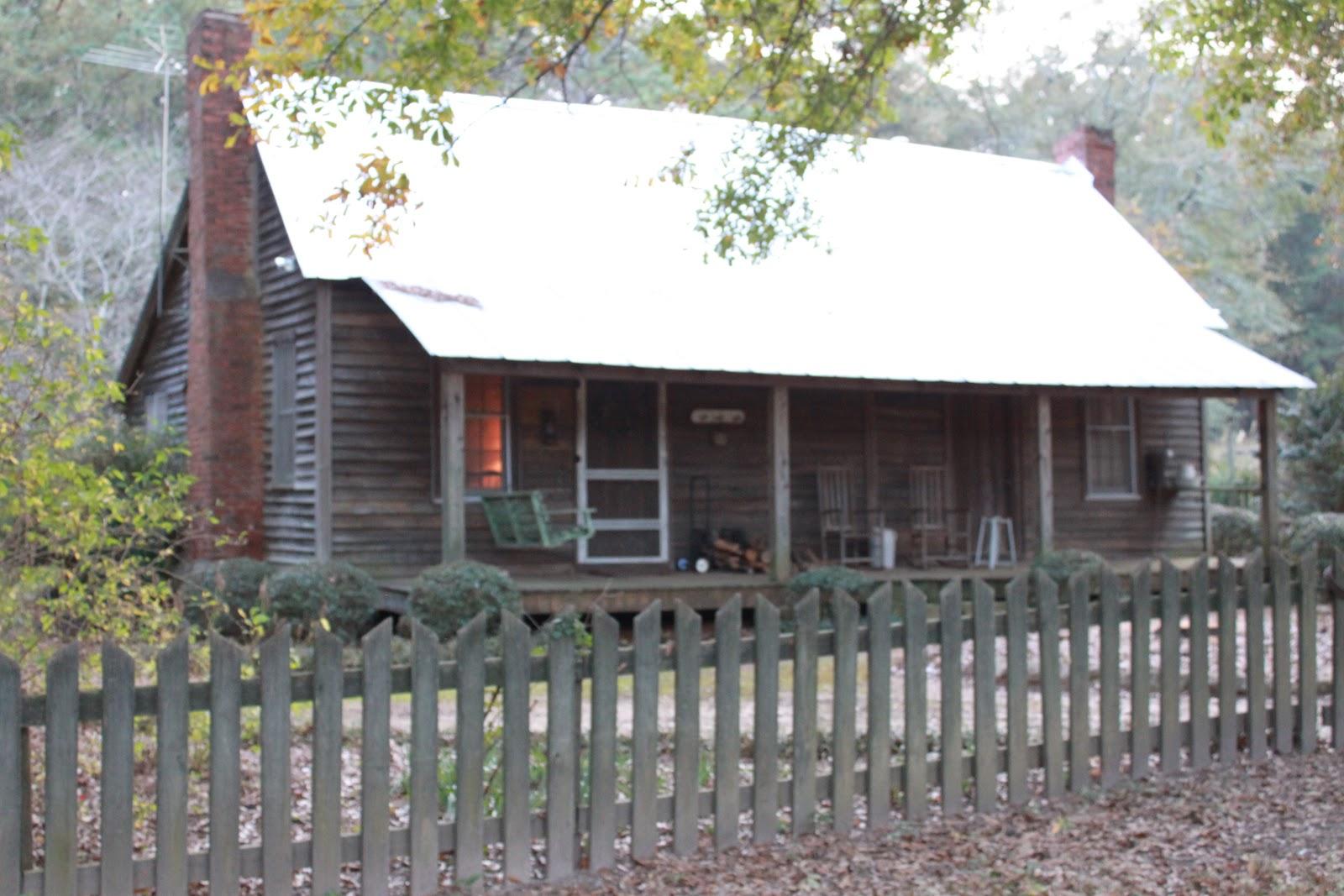 slave cabin.JPG