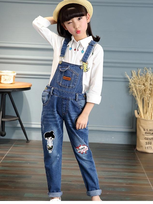 spodnie ogrodniczki jeansowe z dziurami dla dziewczynki12