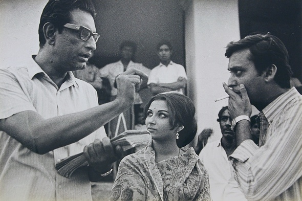 Image result for soumitra chatterjee with satyajit ray
