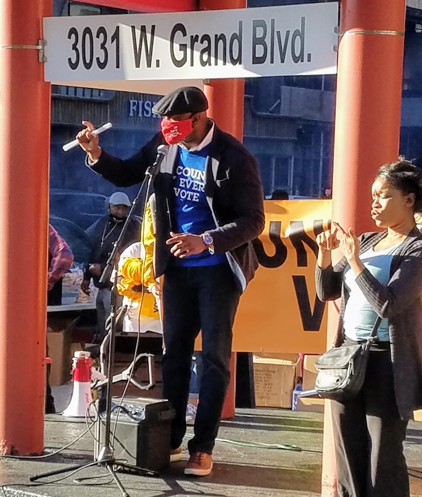 DFT President Terrence Martin speaking at the 11/4 Count Every Vote rally in Detroit.