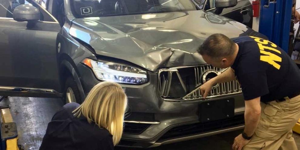 O acidente nos EUA envolveu um dos veículos utilizados pela Uber. (Fonte: ABC 15/Reprodução)
