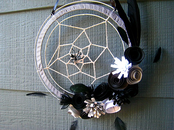 Spiderweb wreath (3).JPG