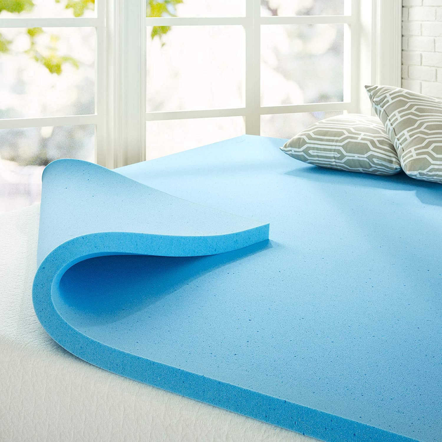 Gel vs. memory foam mattress toppers are both non-toxic.