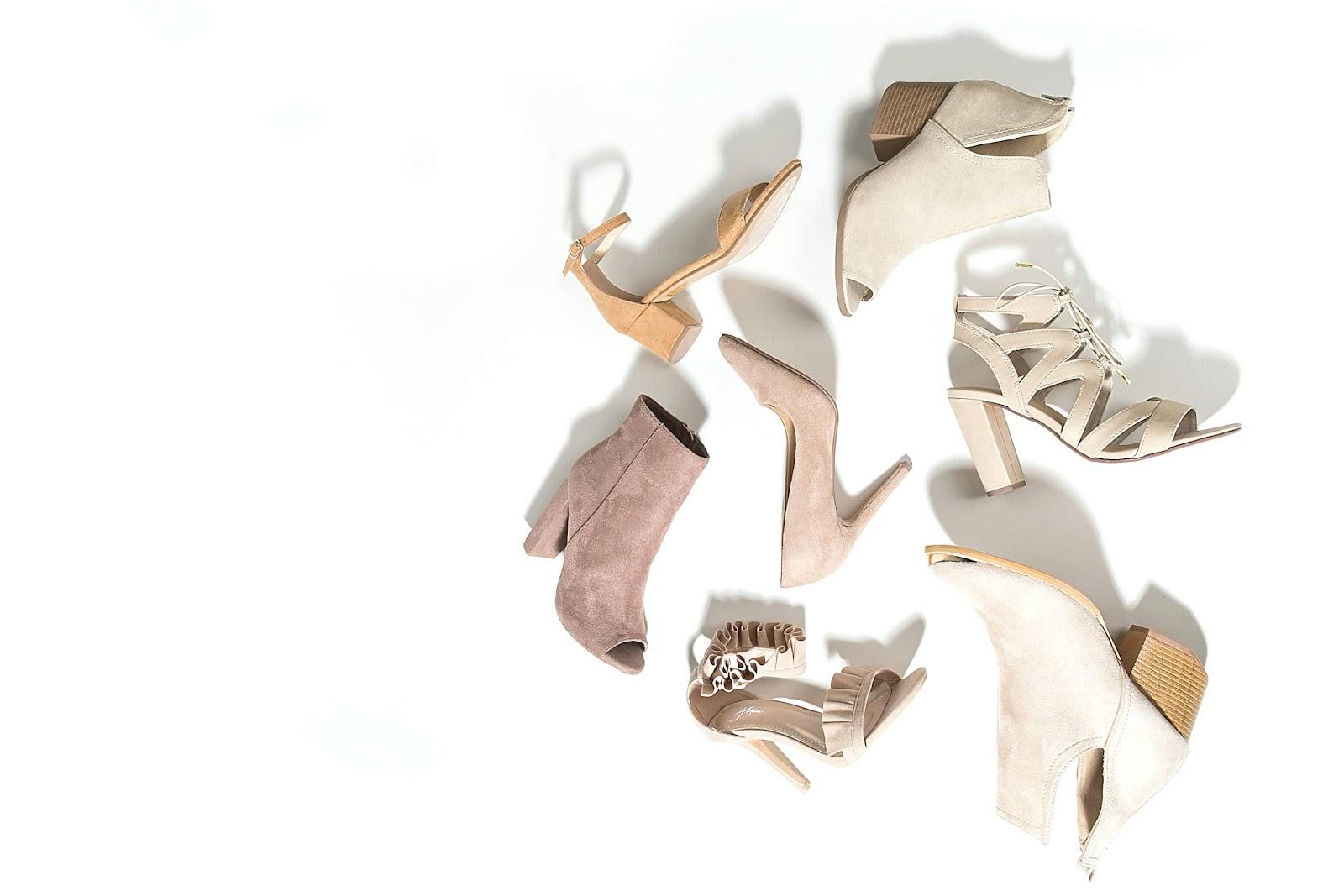 scarpe-da-donna-su-sfondo-bianco