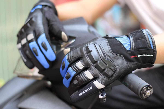 Găng tay moto da có độ bền và tính thẩm mỹ cao
