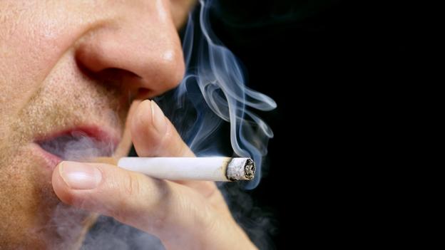 cigarro-fumar-humo-tabaco-pulmon-cancer.jpg