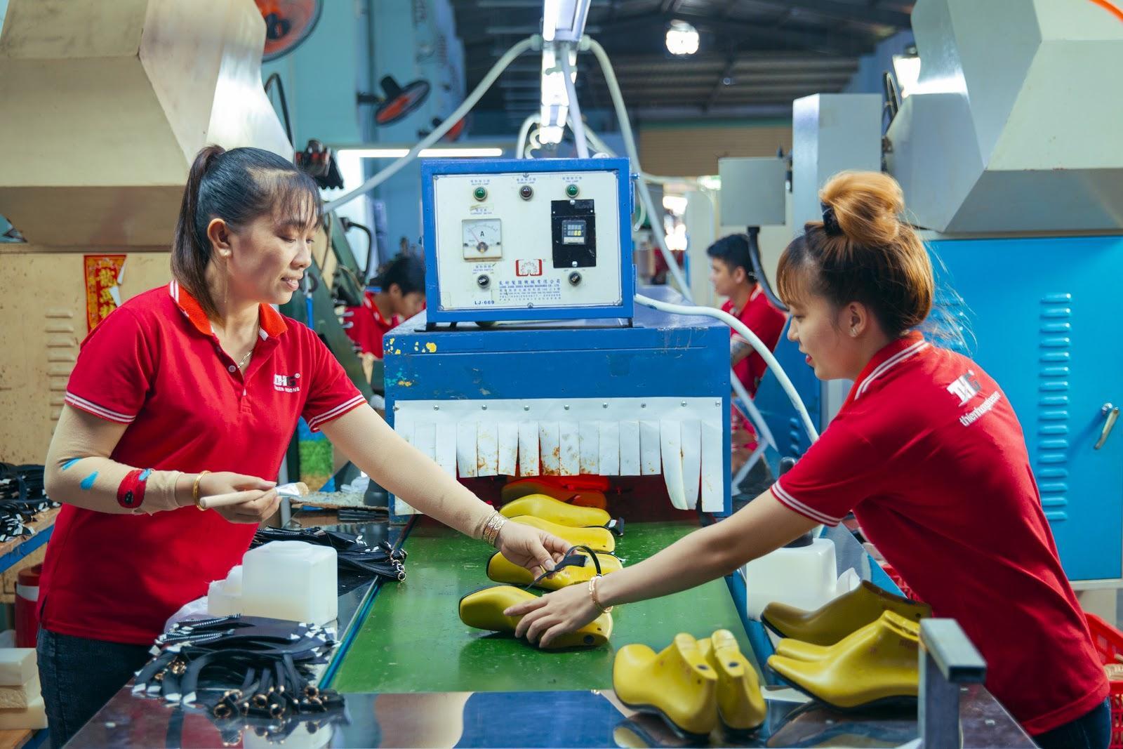 Thiên Hương – Công ty mang niềm đam mê giày dép đến gần với mọi người