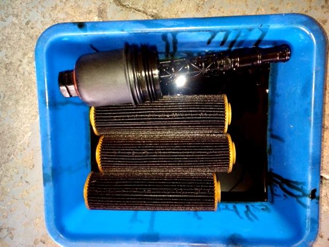 賓士C250維修保養更換機油濾心