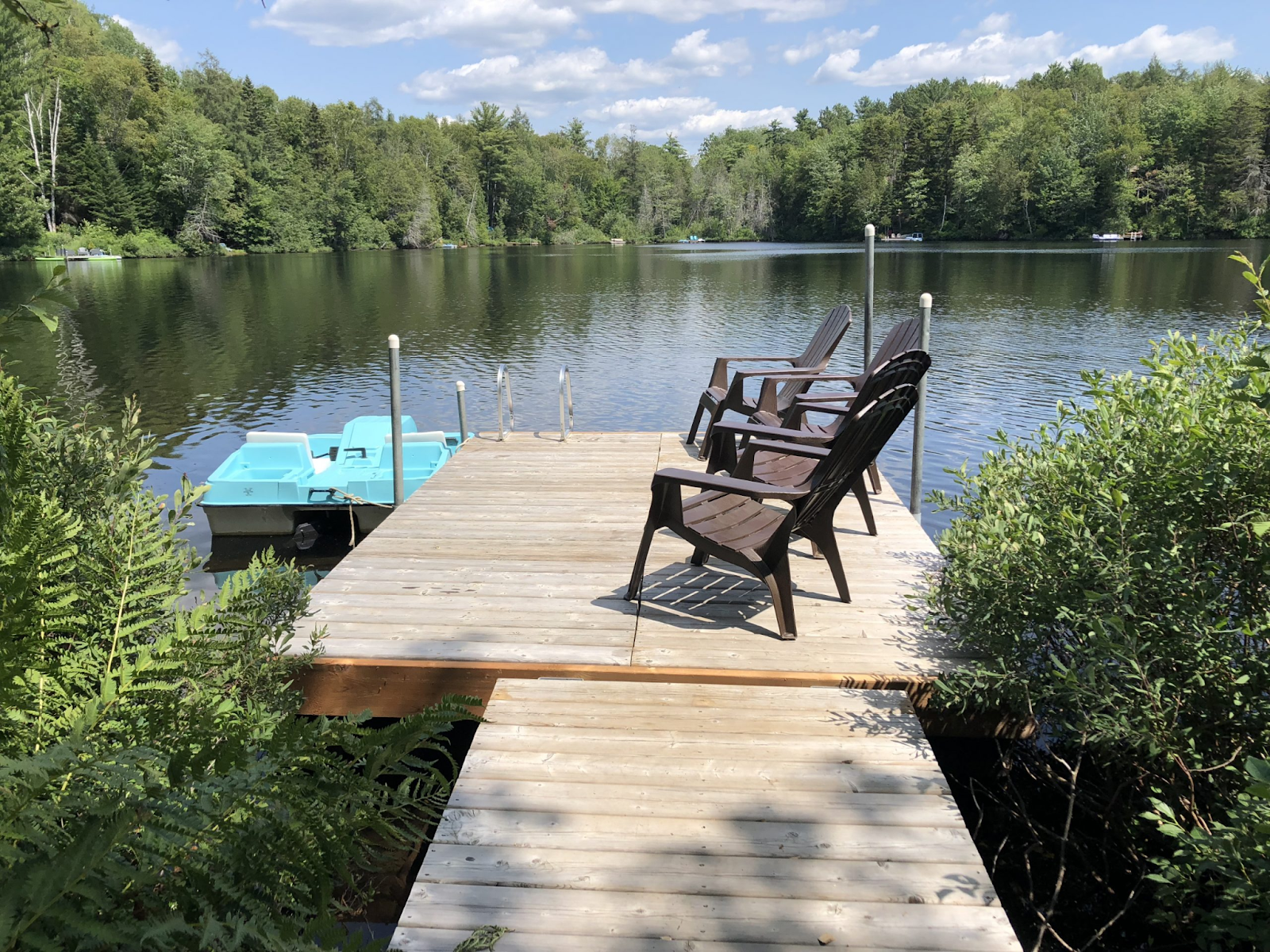 Waterfront cottages for rent with 4 bedrooms #1