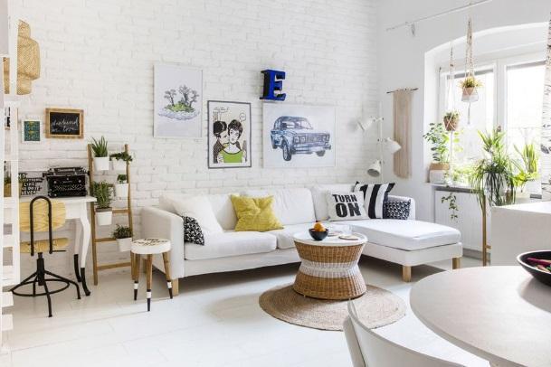 C:\Users\Aditya1\Desktop\Updated Pro\Mercedes-White-Small-Living-Room-58a8c6dc3df78c345b35e545.jpg