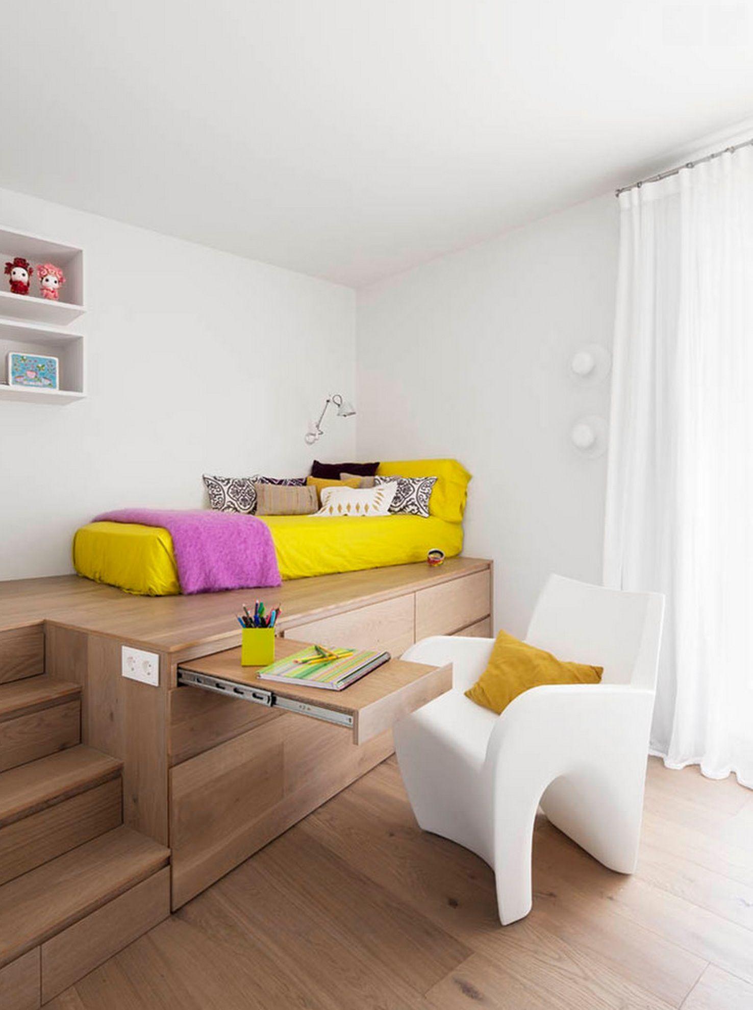 Giường ngủ có thể tận dụng làm bàn học