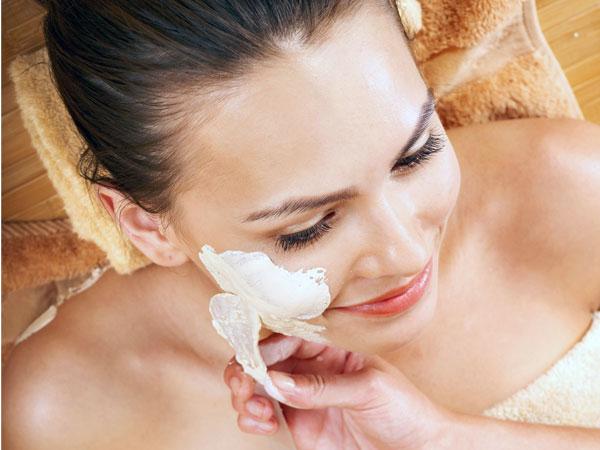 Hướng dẫn tắm đúng cách để có làn da mịn màng - 3