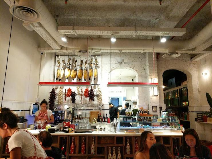 Casa Lolea MAD-BCN Carrer de Sant Pere Més Alt, 49, 08003 Barcelona