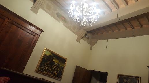 All'Ombra Della Torre