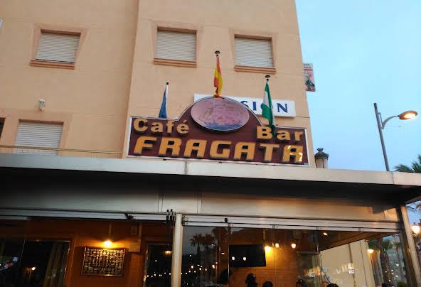 Hostal - Bar Fragata