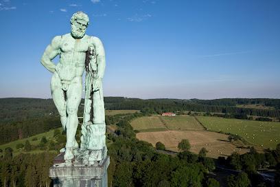 Hercules monument