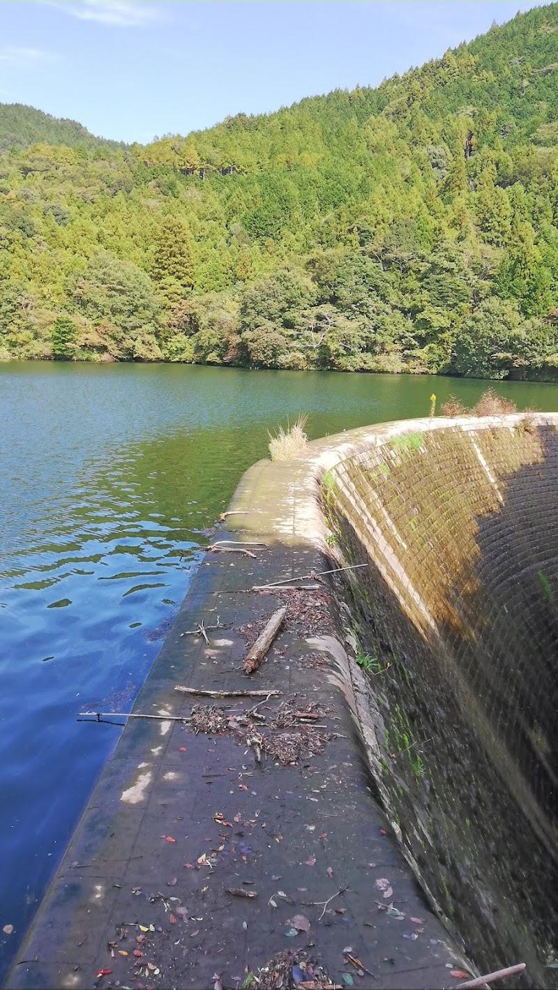 曲渕ダム (福岡県福岡市 観光名所) - グルコミ