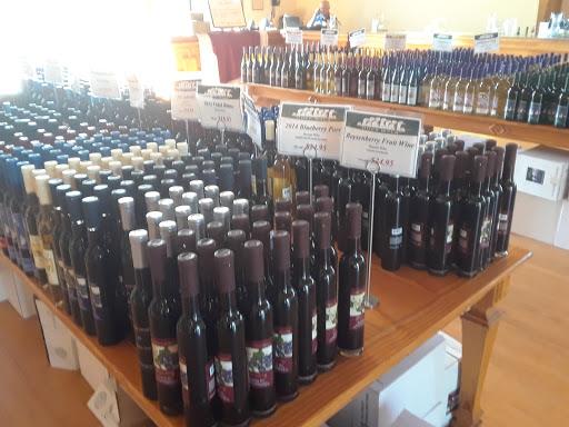 Vineyard «Duck Walk Vineyard», reviews and photos, 231 Montauk Hwy, Water Mill, NY 11976, USA