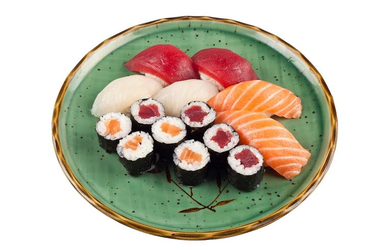 Sushi Hana Carrer de José Agustín Goytisolo, 22, 08970 Sant Joan Despí, Barcelona