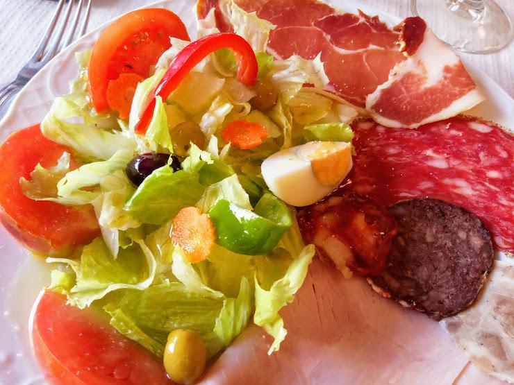 Hostal-Restaurant Muntanya Ctra. d'Agramunt, 84, 25730 Artesa de Segre, Lleida