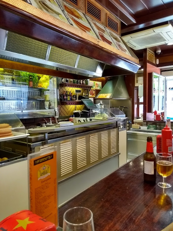Frankfurt´s Casa Vallés Carrer de Mar, 123, 08911 Badalona, Barcelona