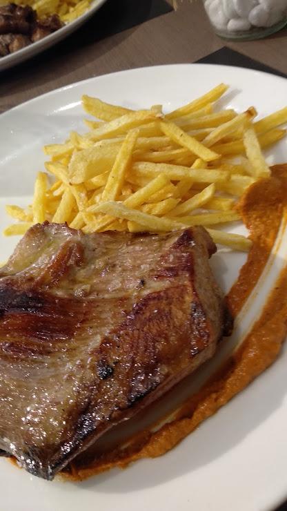 Restaurant La Taska Av. de Catalunya, 32, 08680 Gironella, Barcelona