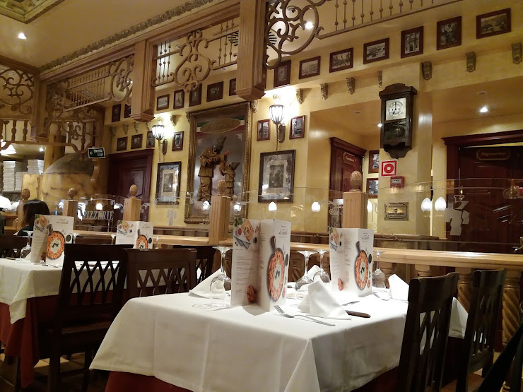 Restaurante La Tagliatella Carrer de Calderón, 2-4, 08201 Sabadell, Barcelona