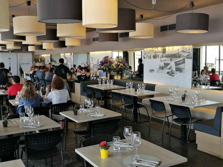 Arenal Restaurant Passeig Marítim de la Barceloneta, s/n, 08003 Barcelona