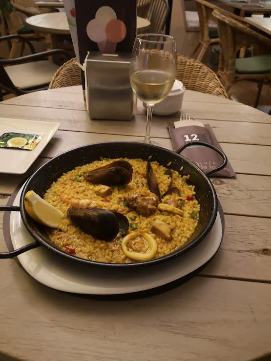 12 Lounge Restaurant Passeig de Jacint Verdaguer, 12, 17310 Lloret de Mar, Girona