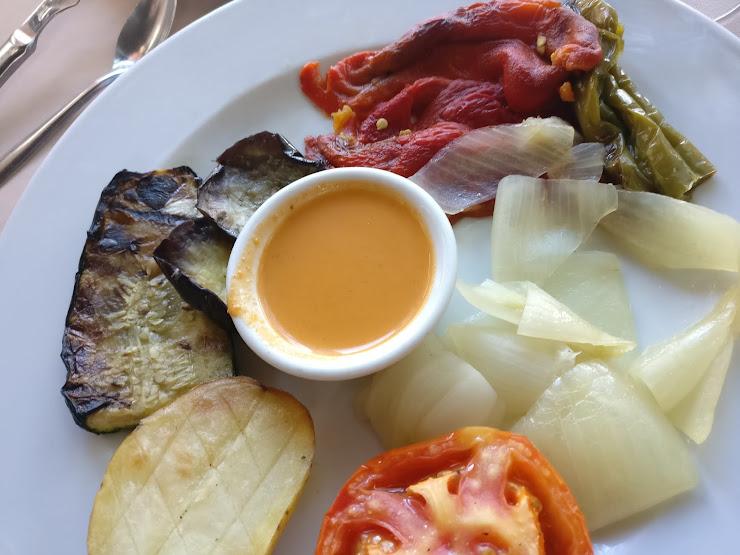Bar Restaurant Monestir de Caserres Monestir de Casarres, s/n, 08510 Caserras, Barcelona